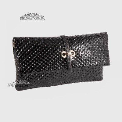 Клатч женский кожаный на длином ремешке KARYA 0674 124 Черный Лак